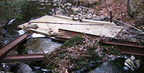 101712_broken_bridge