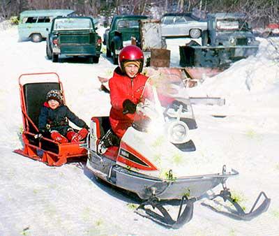 snowmobile vintage memories